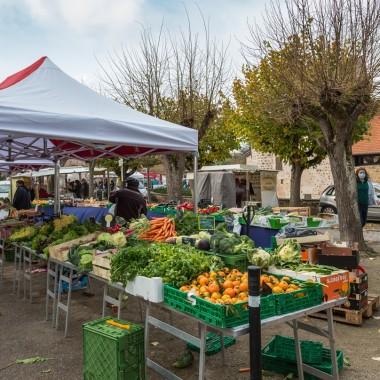 Weekly market - Thursday morning