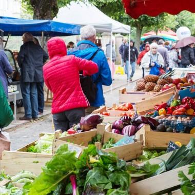 Weekly market : thursday morning