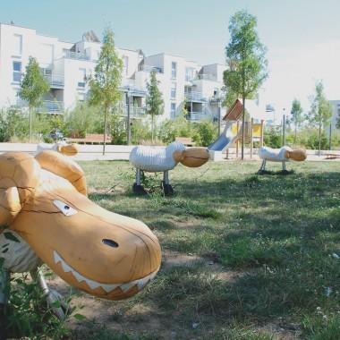 Aire de jeu au parc des Roselières