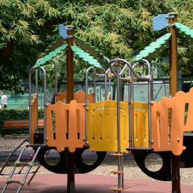 Aire de jeu au parc municipal de Hell
